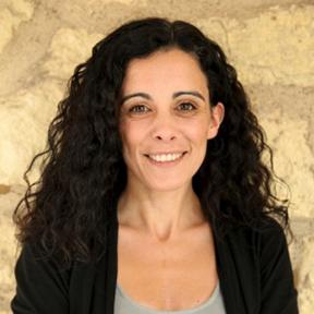Headshot of Ana Rodríguez-Rodríguez