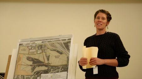 Shanti Selz, Johnson County Supervisors staff member, introduces the Johnson County Poor Farm site to the Institute.